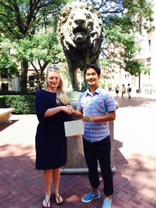 Finally I got the certification in front of the symbol of Columbia, a Lion! With my teacher.