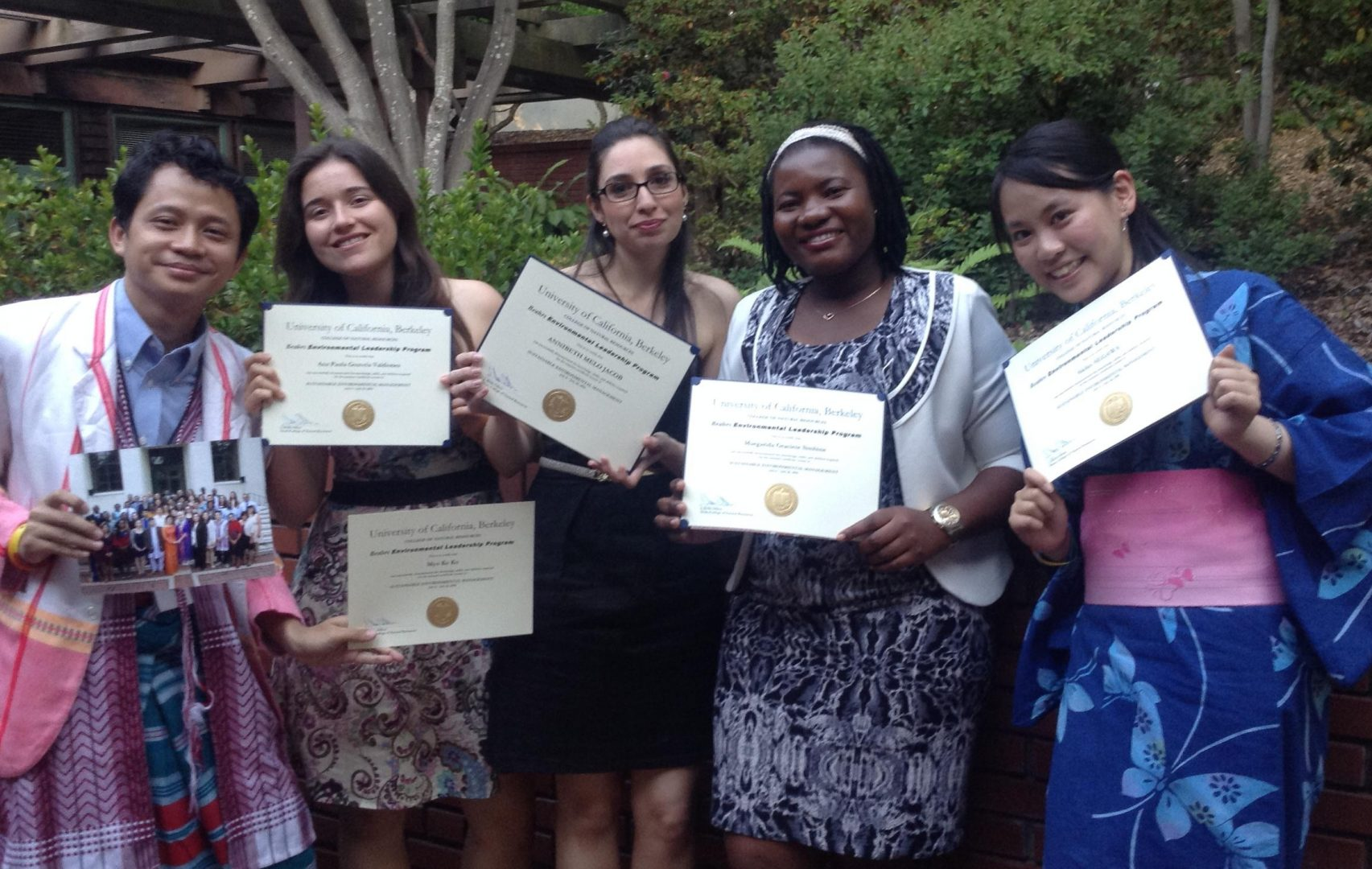 Accepting Scholarship Applications for 2019 - Friends of UTokyo, Inc
